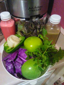Fellow Dynamic Detoxer Yolanda Jone's shares her juices